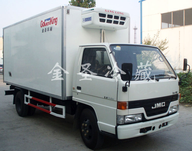 江铃顺达4.3米冷藏车
