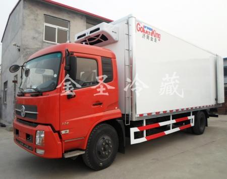 江苏东风天锦7.6米冷藏车