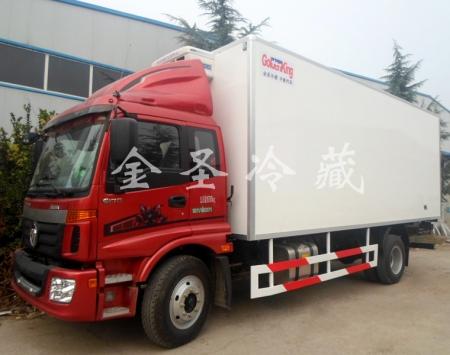 福田欧马可6.8米冷藏车