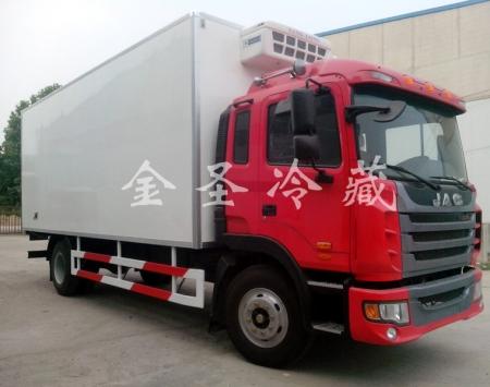 江淮格尔发6.8米冷藏车