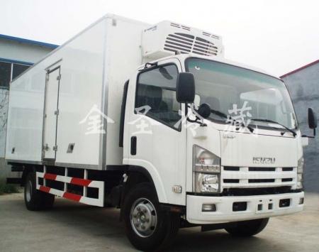 庆铃6.8米冷藏车
