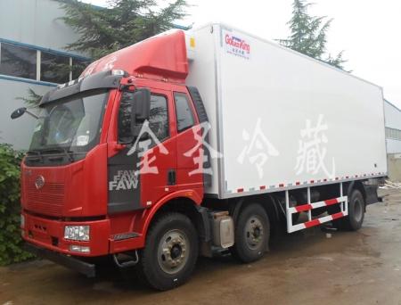 一汽解放J6 7.9米冷藏车